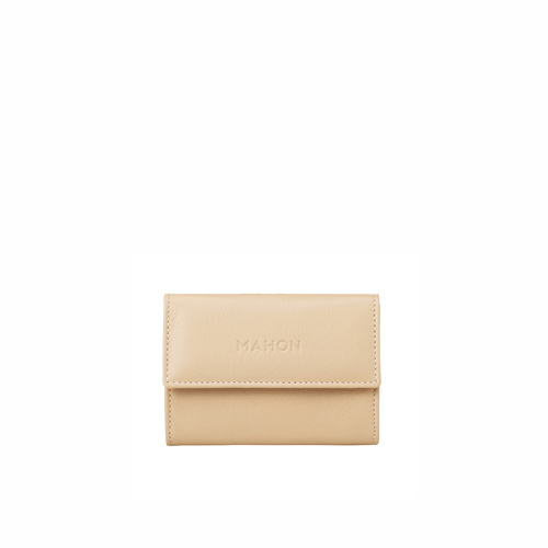 mahon_luxury_designer_leather_accessories_enmimano_cardcase_lightbeige